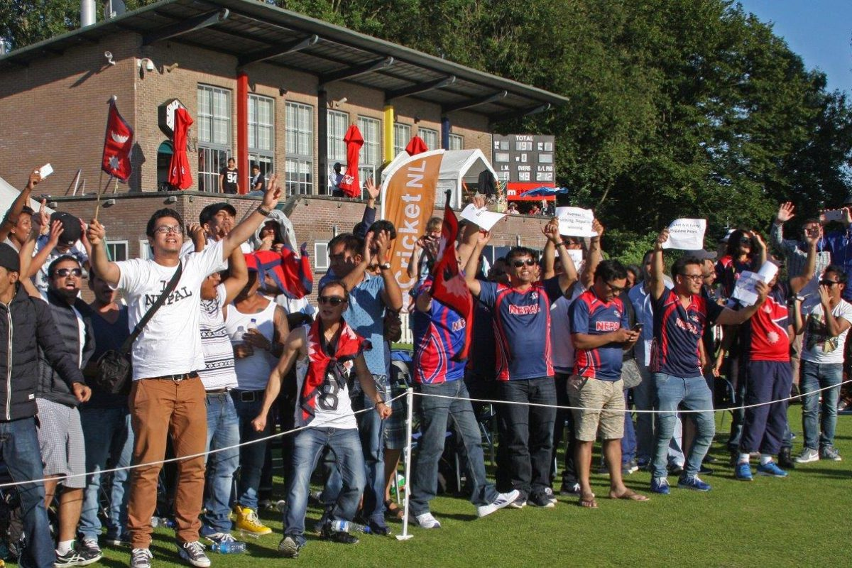 The Nepali fans can´t stop cheering after their team beat The Netherlands in the 2nd WCL match in Amstelveen.