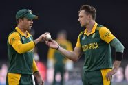 De Villiers and Sangakkara bring fight for No.1 batting position to ICC Cricket World Cup 2015 quarter-final - Cricket News