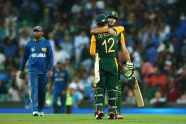 South Africa storms into semi-finals - Cricket News
