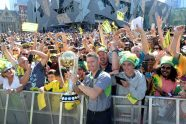 Thousands celebrate in Melbourne on Monday - Cricket News