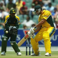 Symonds saves Australia with Stunning Knock in '03