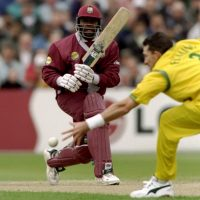Jacobs stands tall to carry bat in 1999