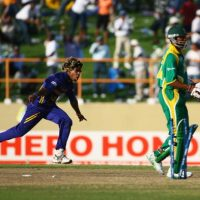Malinga's magic nearly does the impossible