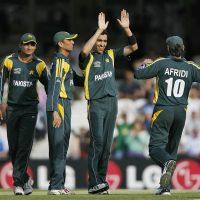 Umar Gul takes 5 for 6
