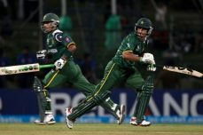 Pakistan wins high-scoring contest to knock out Bangladesh - Cricket News