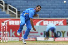 Shami puts India in control at Eden Gardens - Cricket News