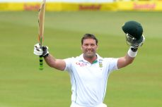Brave India in a pickle after Kallis farewell ton - Cricket News