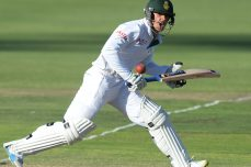 South Africa well ahead despite collapse - Cricket News