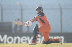 Borren's 96 gives the Netherlands big lead - Cricket News