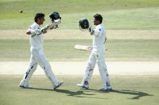 Pakistan tightens screws after Misbah blitz - Cricket News
