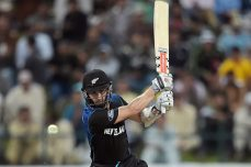 Williamson breaks into top 10 for the first time in his career - Cricket News