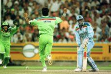 Akram shines under Melbourne sky in '92