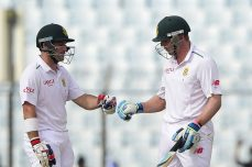 Van Zyl, Elgar eat into Bangladesh lead - Cricket News