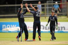 Pacers send Scotland through to final - Cricket News