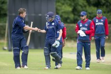 Evans, Cross star in comfortable Scotland win - Cricket News