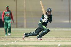 Pakistan's Nida Dar suspended from third ODI against the West Indies - Cricket News