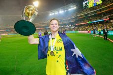 Steve Smith wins the Sir Garfield Sobers Trophy for ICC Cricketer of the Year 2015 - Cricket News