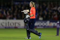 Sarah Taylor eyeing up 100th ODI cap in South Africa - Cricket News