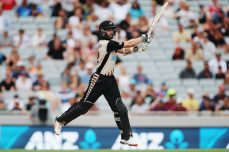 Williamson, Masakadza, Cremer and McClenaghan break into the top 10 for the first time in their careers - Cricket News
