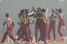 West Indies stuns Pakistan by five wickets to enter semi-finals