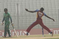 Super sub Chemar Holder keeps it full, and simple - Cricket News