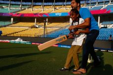 Children starry eyed as Suresh Raina bats with them - Cricket News