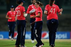 Edwards carries England Women into semi-finals