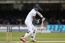 Sri Lanka steady in record chase of 362