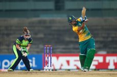 Tyron and Luus star as South Africa Beat Ireland - Cricket News