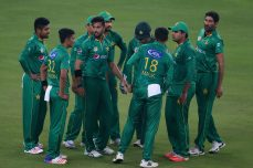Imad Wasim scripts comprehensive Pakistan win - Cricket News