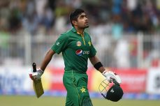 Babar, Nawaz star in big Pakistan win - Cricket News