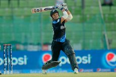 New Zealand beats South Africa 2-1 in key IWC series - Cricket News