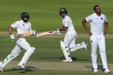 Pakistan stretches advantage to 342 - Cricket News
