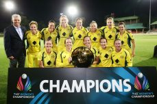 David Richardson presents Meg Lanning ICC Women's Championship trophy - Cricket News