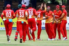 Zimbabwe seals spot in final after D/L win - Cricket News