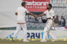 Hameed battles, but India takes 2-0 lead - Cricket News