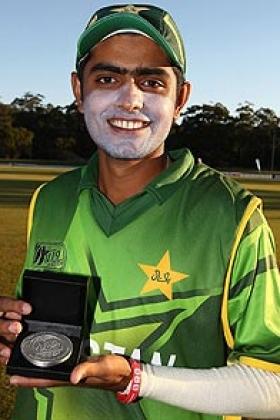 Australia, Pakistan start campaign in style - Cricket News
