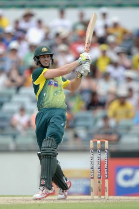 Mitchell Marsh plays a shot.