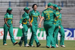 South Africa Women restricted Ireland Women to 101 for 7, before reaching the target with nine wickets in hand. - ICC T20 News