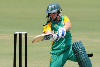 Mignon du Preez scored 38 to help South Africa, in pursuit of 97, cruise to a seven-wicket win. - ICC T20 News