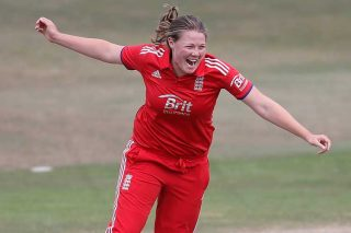Anya Shrubsole took 4 wickets for just 10. - ICC T20 News