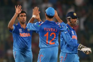 R Ashwin of India is congratulated by his teammates after dismissing AB de Villiers of South Africa. - ICC T20 News