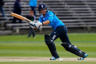 Taylor, Shrubsole maintain golden run