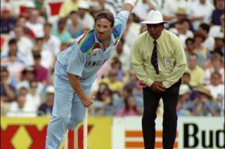 All-round Botham thwarts the Old Enemy in '92 - Cricket News