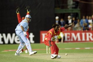 Olonga stuns India in final-over heist in '99 - Cricket News