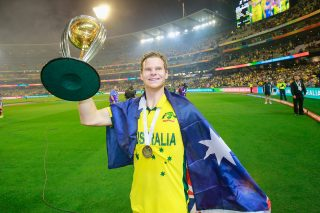 Steve Smith wins the Sir Garfield Sobers Trophy for ICC Cricketer of the Year 2015 - ICC Awards