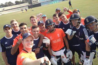 England U-19 players take a selfie.