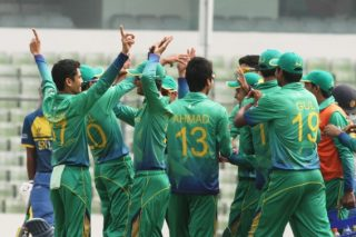 Pakistan U-19 celebrate the fall of Sri Lanka wicket.