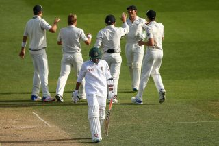 Quick wickets set up intriguing final day - Cricket News