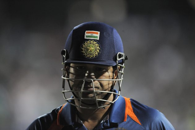 Tendulkar injury a worry for India - Cricket News